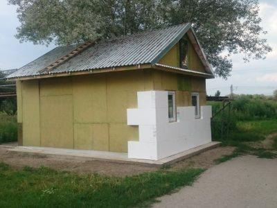 Skupina VSE Holding pomáha pri výstavbe domčekov pre ľudí bez domova