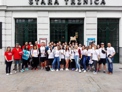 More Than 10,000 Volunteers Tended to Slovakia. Businessmen Joined In, Too.