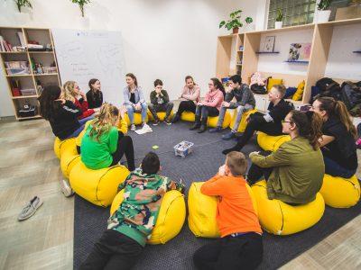 Aké otázky riešili pilotné projekty Social(i)Makers?