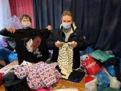Vyzbierali sme viac ako 600 vriec oblečenia a ďalších potrieb